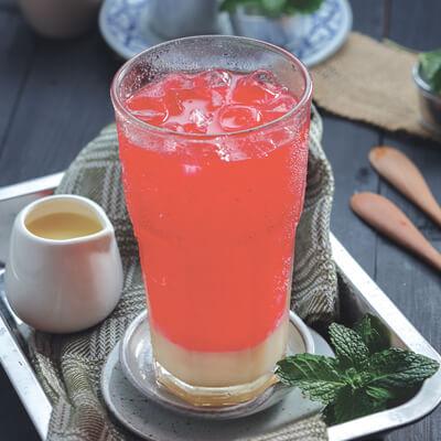 menu marco padang Es Susu Soda Gembira